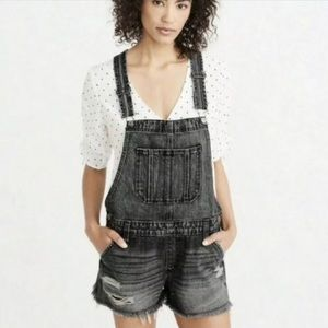 Abercrombie & Fitch Shortalls Overalls size S
